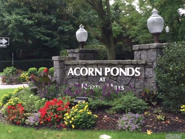 Acorn Ponds Has Lush Gardens & Beautiful Fountains, Tennis Court, Indoor & Outdoor Pool, Club House, Gym & Playgd. End Unit Is Full Of Natural Light. 2 Br/2.5Ba Townhouse. Features A Large Deck Surrounded By Beautifully Landscaped Gardens. 1st Floor Includes A Spacious Eik W/Breakfast Area, Large Living Rm W Fire Place, Formal Dining Rm, Laundry & 1/2 Bath. Second Floor Hosts A Large Master Suite W Full Bath + 1 Additional Bedroom And Full Bath.