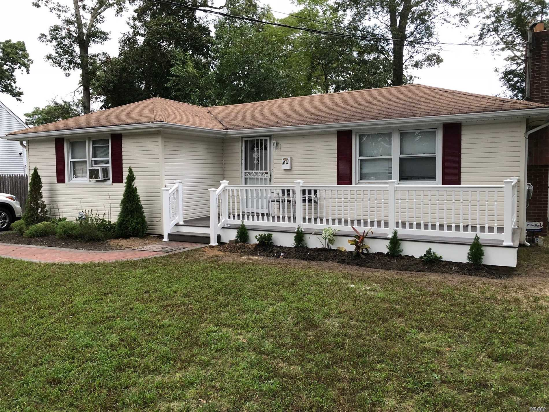 Beautiful Corner Lot, Close To Park. Boast Recently Updated Boiler, Hot Water Heater, Washer/Dryer As Well As Brand New Deck. Has Ig Sprinkler System & House Alarm. Low Taxes. Not A Short Sale!