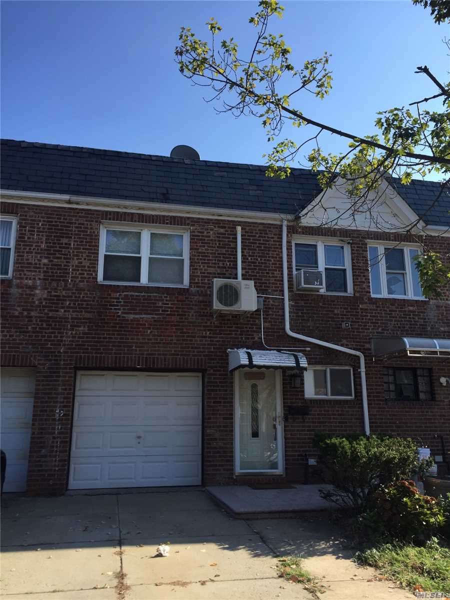 Mint Condition, Renovated From Top To Bottom, , Amazingly Bright 3 Bedrooms, 2.5 Baths. Beautiful Hardwood Floors Throughout Whole House! Full Finished Basement ! 1 Car Attached Garage. Close To All !Must See !