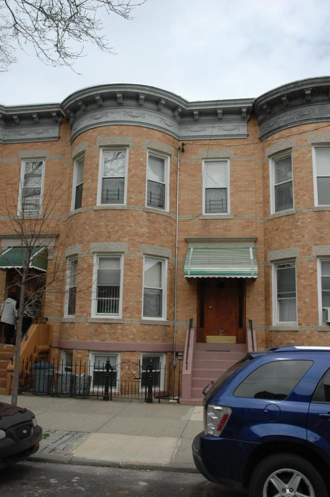 Lovely 3 Bedroom Railroad Style Apartment For Rent In Ridgewood. Features Living Room, Dinning Room, Eat-In-Kitchen With Microwave And Dishwasher, And 1 Full Bathroom. Carpet Flooring Throughout. Heat And Water Included. Ample Street Parking. Close To Transportation And Shops!