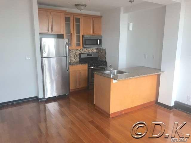 Luxury Building On The Ocean! Direct Oceanfront 2 Bedroom Apartment! Completely Renovated W/Hardwood Floors, Granite & Stainless Eat-In-Kitchen, New Bathroom W/ Jacuzzi Tub & Your Own Private Washer & Dryer! Parking Included! Pets Welcome! Building Has 24 Hour Doorman & Security, 2 Live-In Supers, Full Porter Staff & Package Acceptance Service. Rent Includes Heat, Water, Gas, Access To 24 Hour State Of The Art Gym W/ Saunas, Private Beach Club, Volley Ball Court, Game Room & Bike Storage Rm.