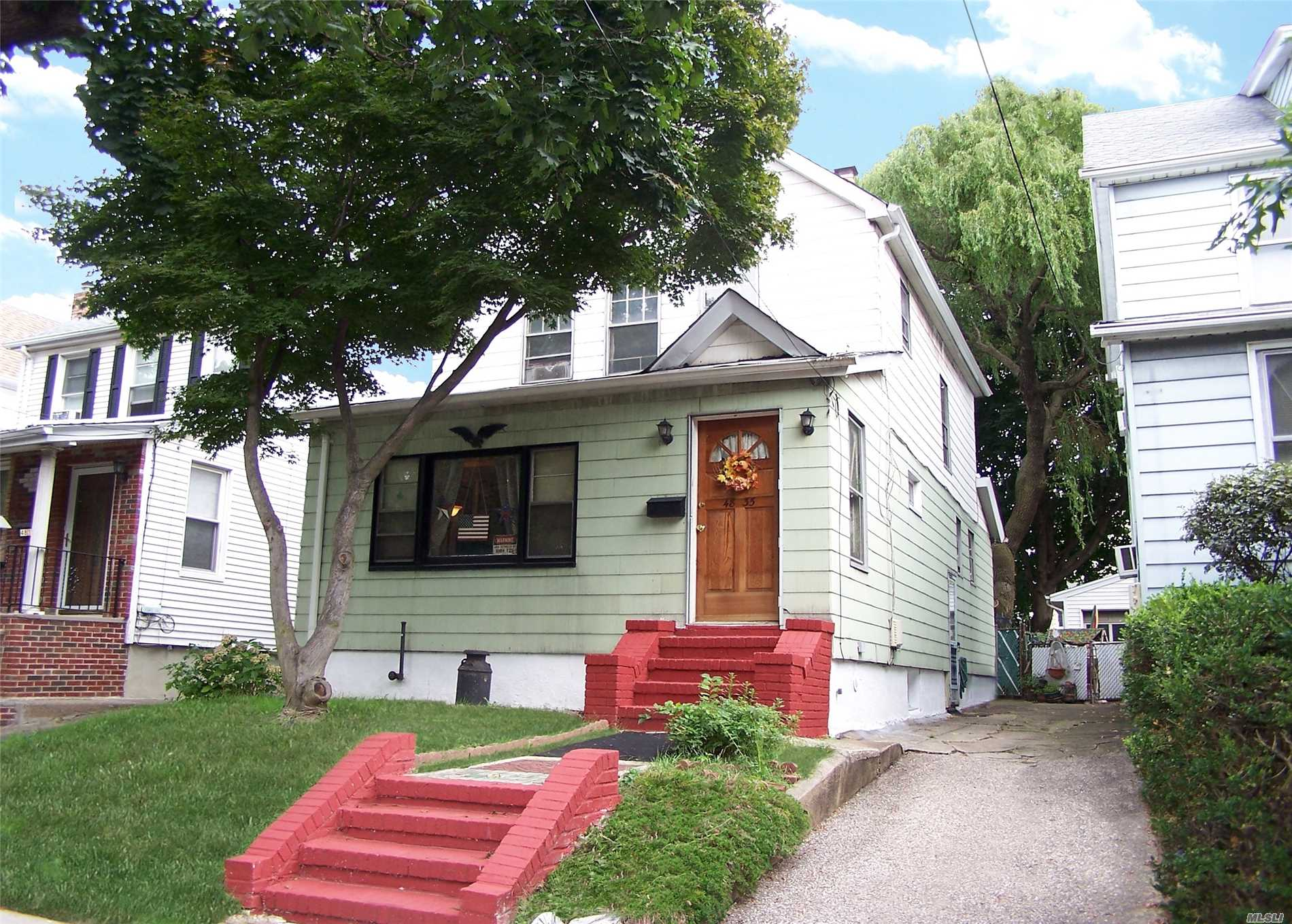 Wonderful Opportunity To Own This Lovely Detached Home In Bayside. Property Class Is B3 Duplex. Great Floor Plan Offers Spacious Living Room And Dining Room. 3 Large Bedrooms On Second Level - Plus Loft On Third Level. Private Driveway With 2 Car Garage. Fenced Yard & Amble Parking On Block. Near All!