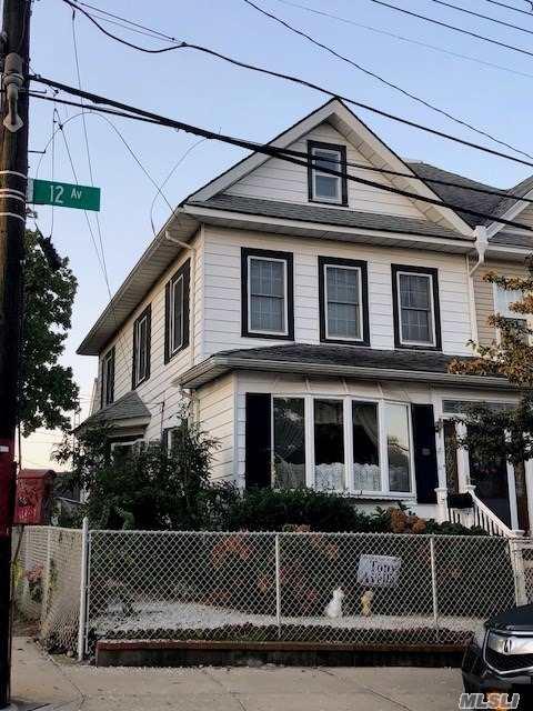 Corner 4-Bedroom 1-Family, Anderson Windows, Custom Front Door, 10-Yr Old Roof, Detached 1-Car Gar Facing Street Side