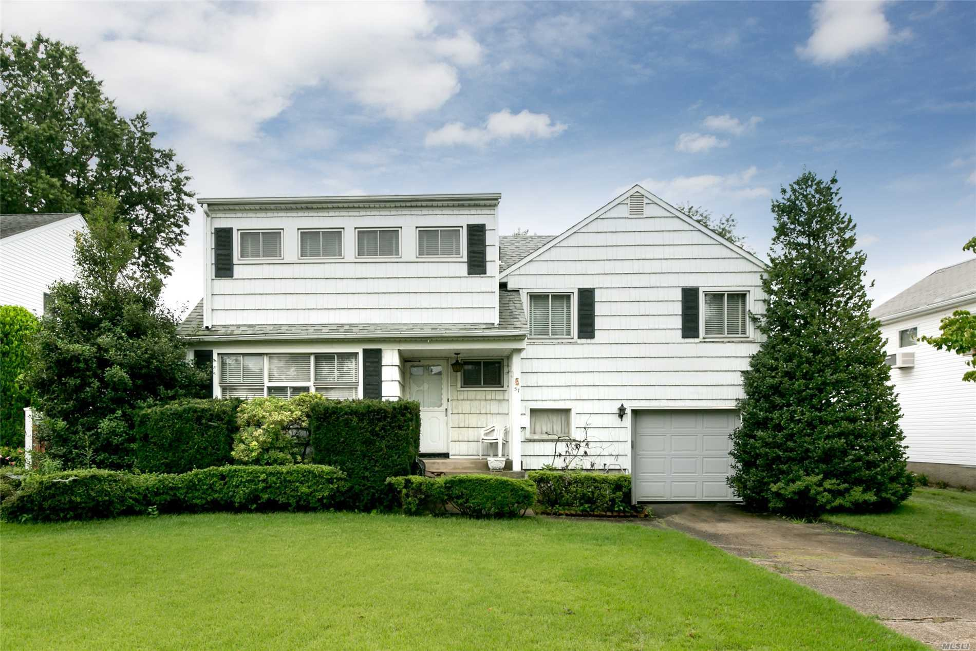 Charming Large Split Oversized Rooms, A Must See In Plainedge School District. Just Add Your Loving Touch And Call This Your Home. 5 Bedrooms, Lr, Fdr, Eik, Great Room And More!