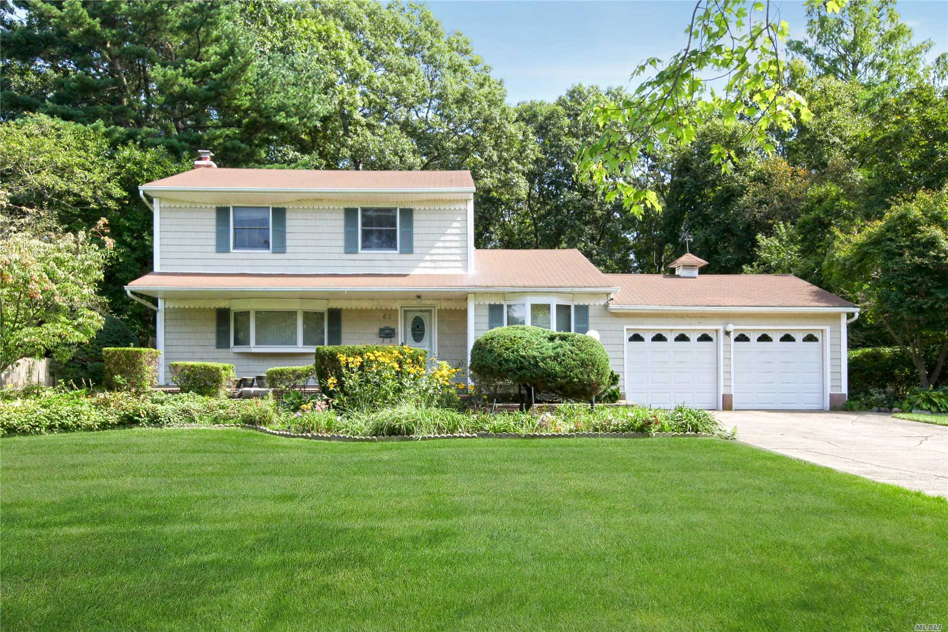 Incredible Opportunity To Own In The Heart Of Commack, Commack Schools, 4 Bedroom 2 Bathroom Colonial With Full Basement 2 Car Garage, Spacious Bedrooms, Living Room, Dining Room, Den, Central Air Condition/Heating System(2013), Newer Liner In Pool Approx (2015)