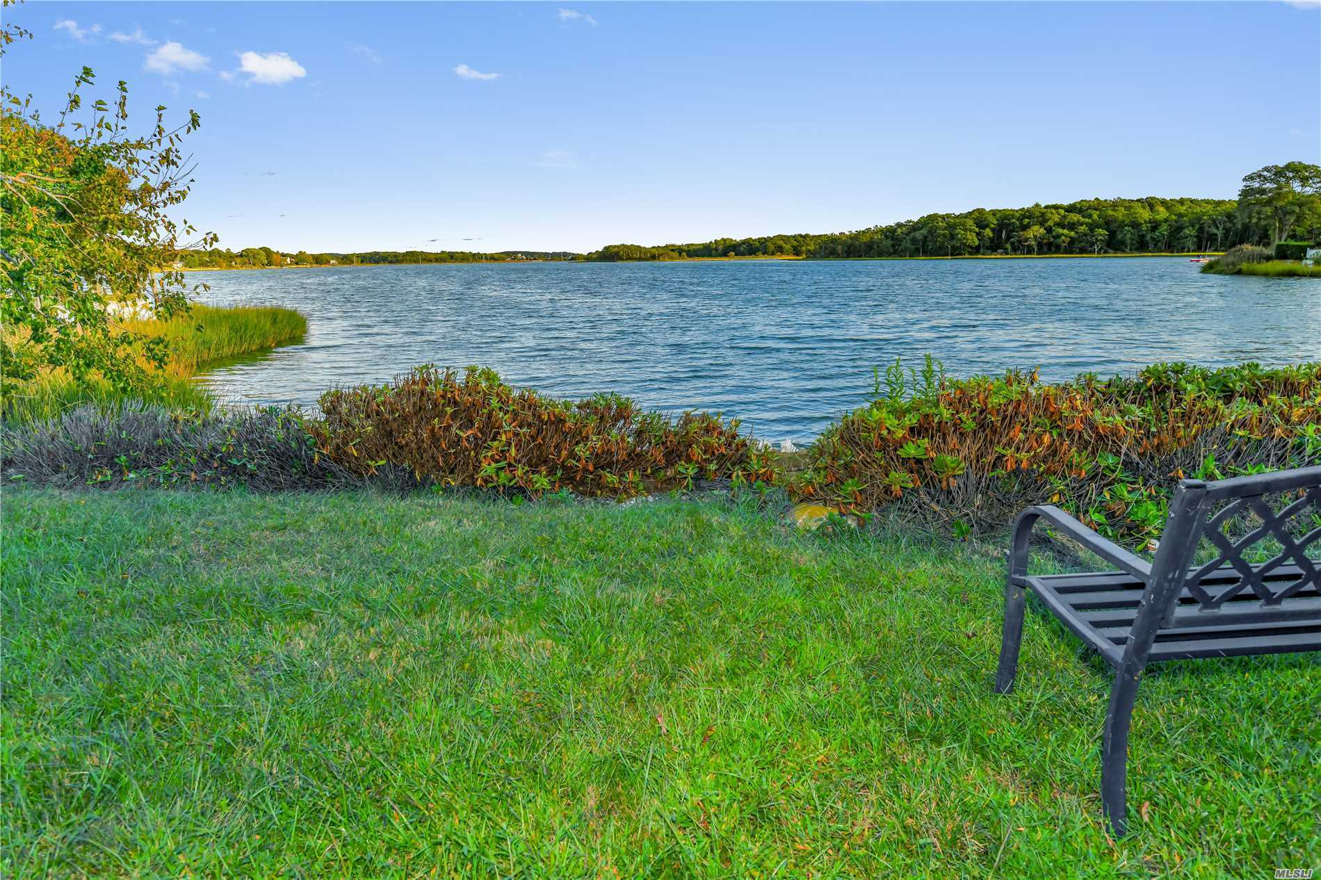 Water Front Ranch With Forever Views On Hashamomuck. Bring Your Imagination To This Solid Home And Make It Into Your North Fork Dream. From Sunrise To Sunset Sail, Fish, Clam, Swim Right From Your Back Yard And The Long Island Sound Town Beach Is Directly Across The Road.