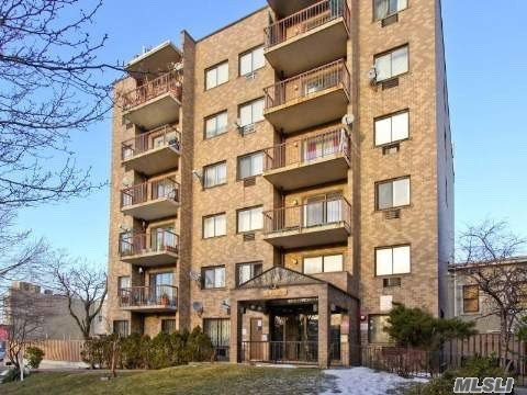 One Bedroom Condo With Terrace Offers Views Of Manhattan. Rosewood Floors, Custom Closets & Office Area. Located In The Heart Of Corona Near 3 Shopping Malls, Citi Field & Fresh Meadows Park. Q58 & Q23 To Forest Hills E&F Subway Or 10 Blocks To Subway 7 Line. Wait List For Garage Parking.