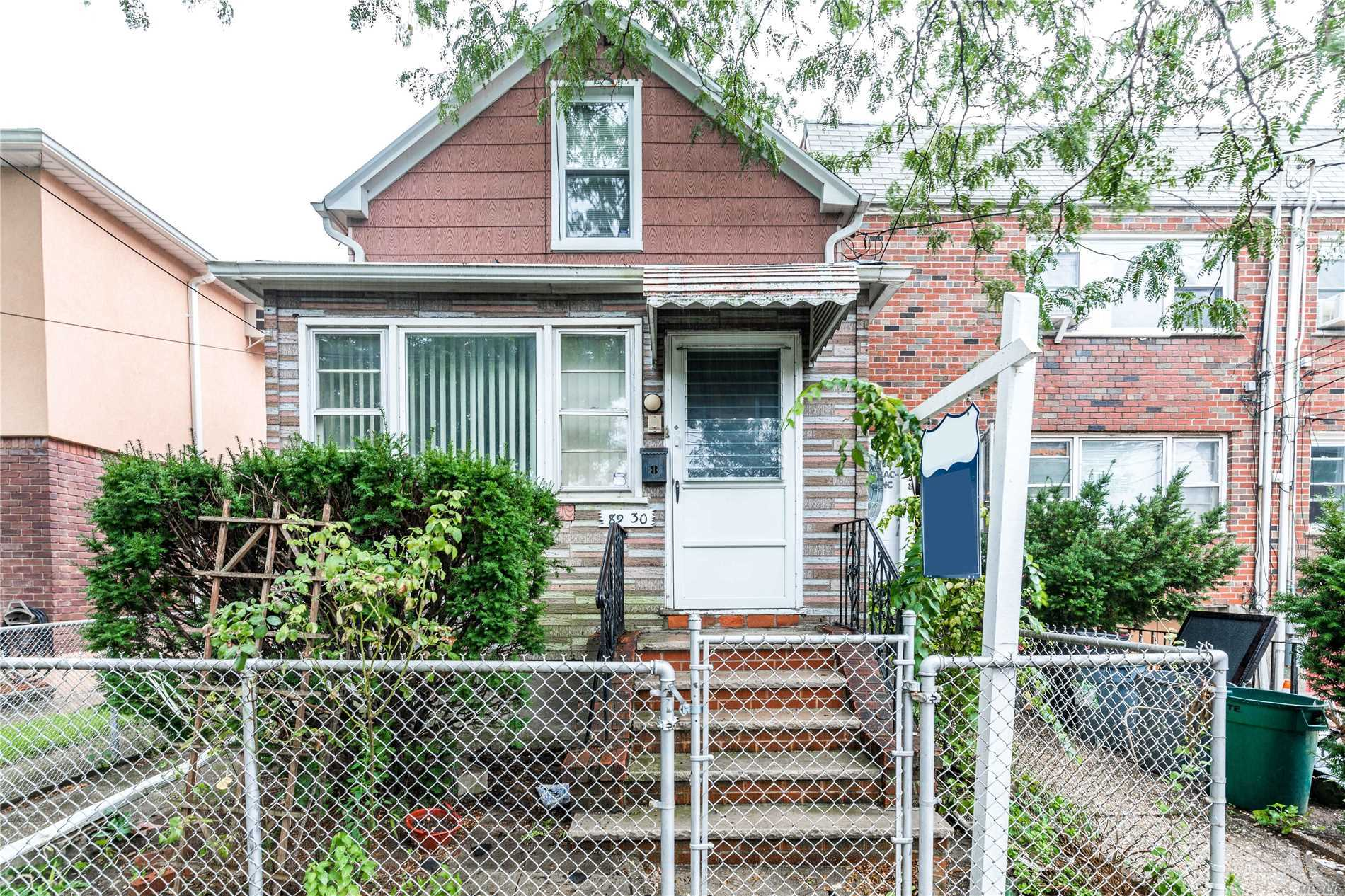 Excellent School District. Great Place For Small Family Peaceful 2-Way Street. Good Size Bldg, Large Backyard Great For Entertainment. Close To Public Transportation And Major Highways (Belt Parkway), Restaurants, Shopping Area (Gateway Center) And Woodhaven Blvd.