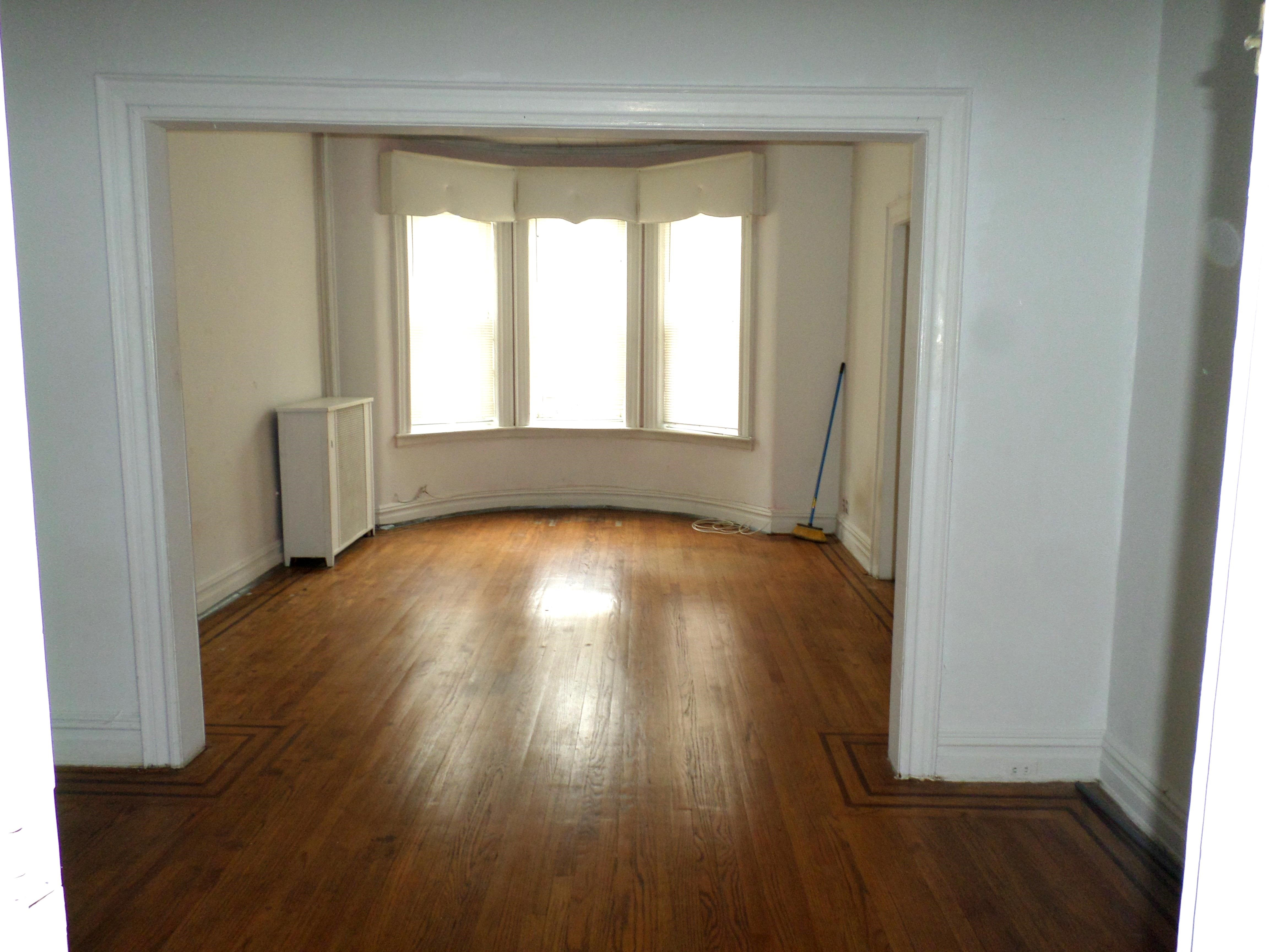 Railroad Style 2 Bedroom Apartment On Lovely Tree-Lined Block. Very Spacious Living Room , Eat In  Kitchen & 1 Full  Bathroom. Heat And Hot Water Included. Beautiful Huge Windows & Closet Space. Close To All Shops & Transportation. Won't  Last!!!