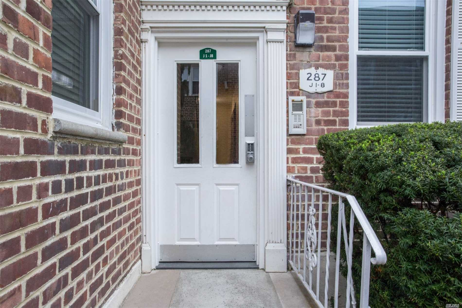 Spectacular, Spacious 1st Floor Apartment! Large Eik, Master Bedroom W/ Full Bath, 2nd Large Bedroom W/ Bath, Extra Large Living Room W/ Designated Dining Area. Walk In Closet In Mstr. Br, Closets Galore. 3 Ceiling Fans & 3 Ac's Included. Pristine Condition. Near All! Best Block In Cedarhurst!