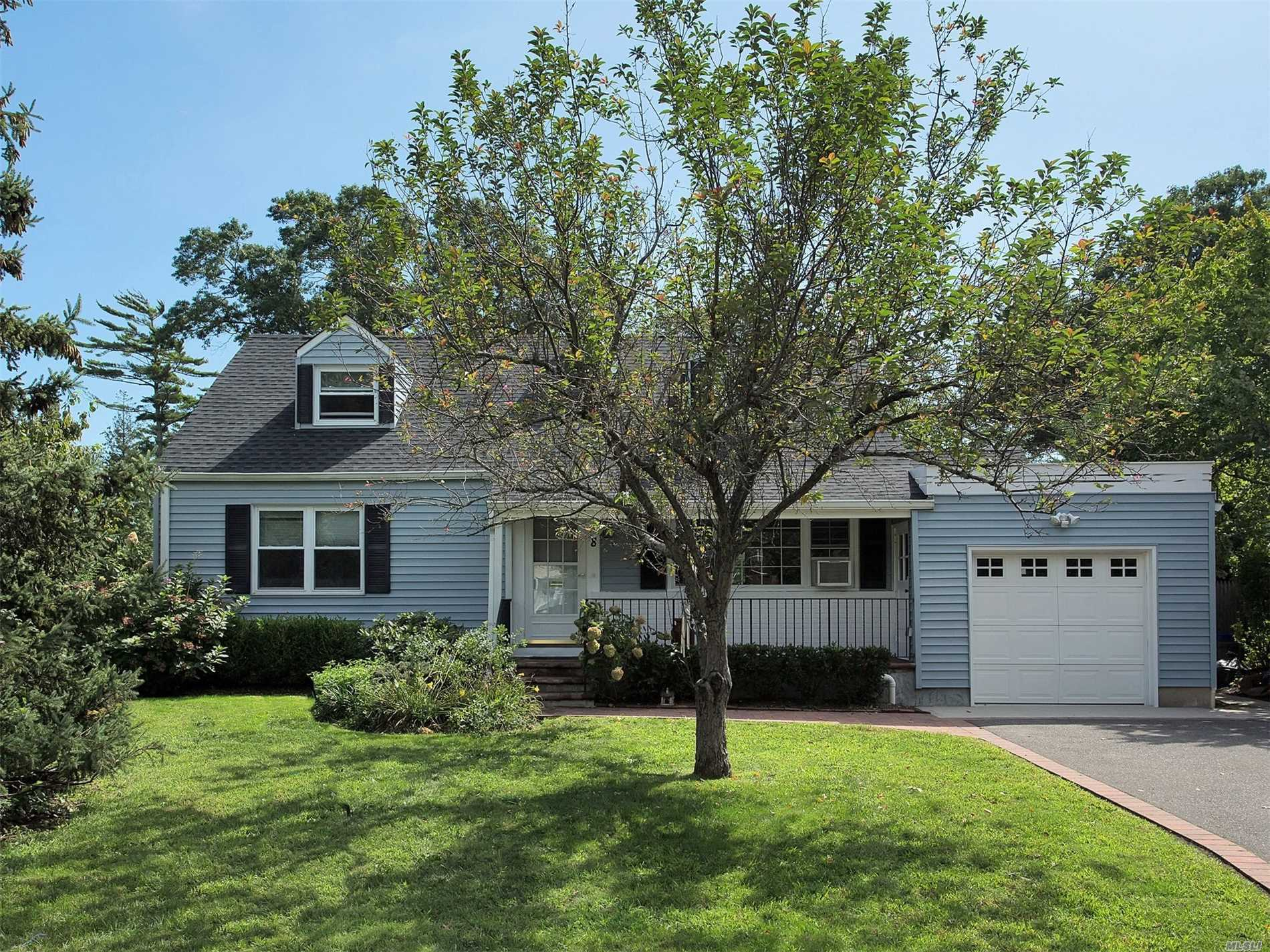 Must See This South Of Montauk 4 Bdrm/2 Bth Cape. Very Inviting. Warm And Bright. . All Hard Wood Floors. Beautifully Landscaped/ Private Bk Yard.  Assoc. Docking. Comes With Your Own Slip. X Zone