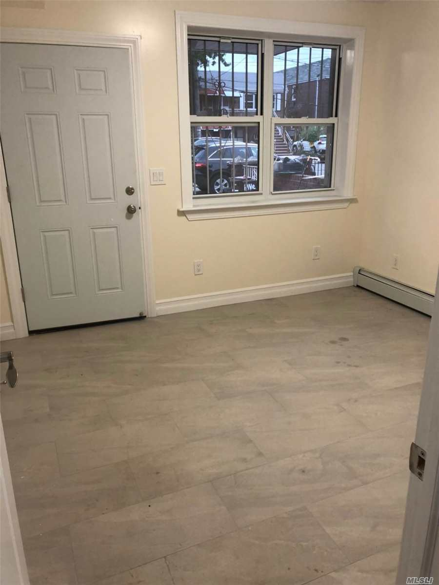 New Constuction, Beautiful 3 Bedroom. Q65 To Flushing Main St.