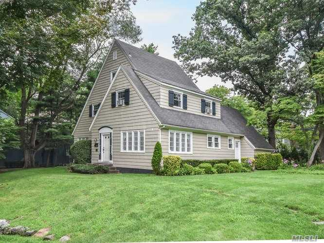 3-Story English Colonial Brimming W/Character And Charm Set Atop The Rolling Hills Of Baxter Estates. Large Lr W/Fpl Opens To Sundrenched Library, Country Eik, Fdr, Pwdr Rm And Office/Bedroom. Oversized Mbr, 2 Addtl Brs, Full Bath & 3rd Flr Bonus Room. Full Basement, Hi Ceilings & Hw Floors. Close To Baxter Pond, Town, Harbor & Lirr.