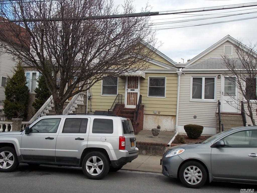 Great Starter Home! Ideal Location! 1 Family Ranch Home Located In Middle Village. Livingroom, Formal Diningroom, Eat In Kitchen, 2 Bedrooms, 1 Bath, Full Basement, Nice Size Private Yard! Needs Tlc!!!
