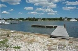 Features 4 Bedrooms 3.5 Baths Upper And Lower Master Ensuites, Great Rm, Formal Liv W/ Fp, Huge Open Kitchen, Legal Inlaw Suite Featuring Eik 1Bedroom, Full Bath, Living Rm , Hardwood Throughout, Sept Ent. Hardwood Throughout 20X40 Ingpool Over Looking Dock, Listen It Doesnt Get Any Better Then This Folks! Seller Willing To Sell As Is With All Permits In Place For 700K
