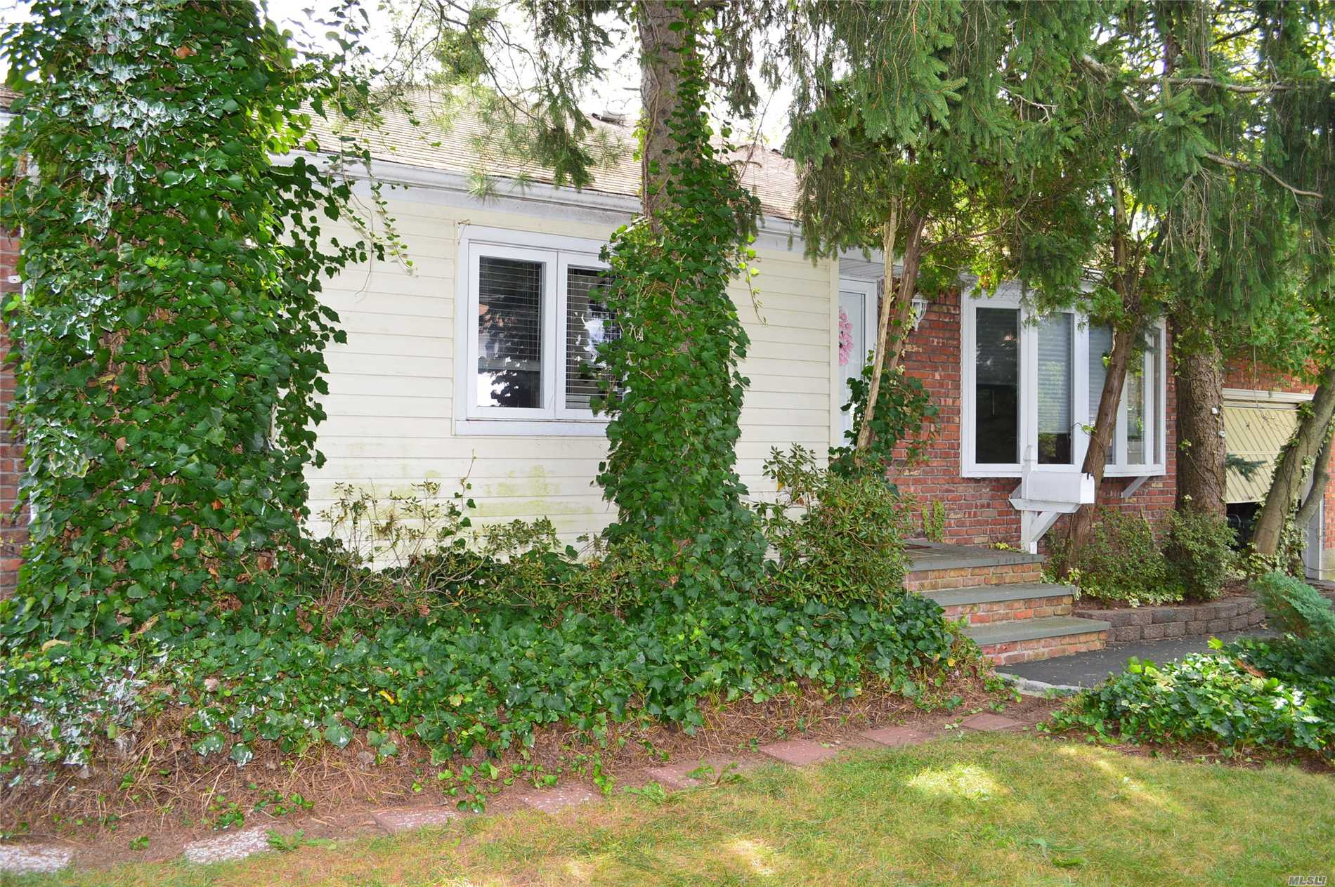 Very Clean Ranch In Great Area. Full Basement, Garage & Nice Yard. Need For Updating Reflexed In Asking Price.