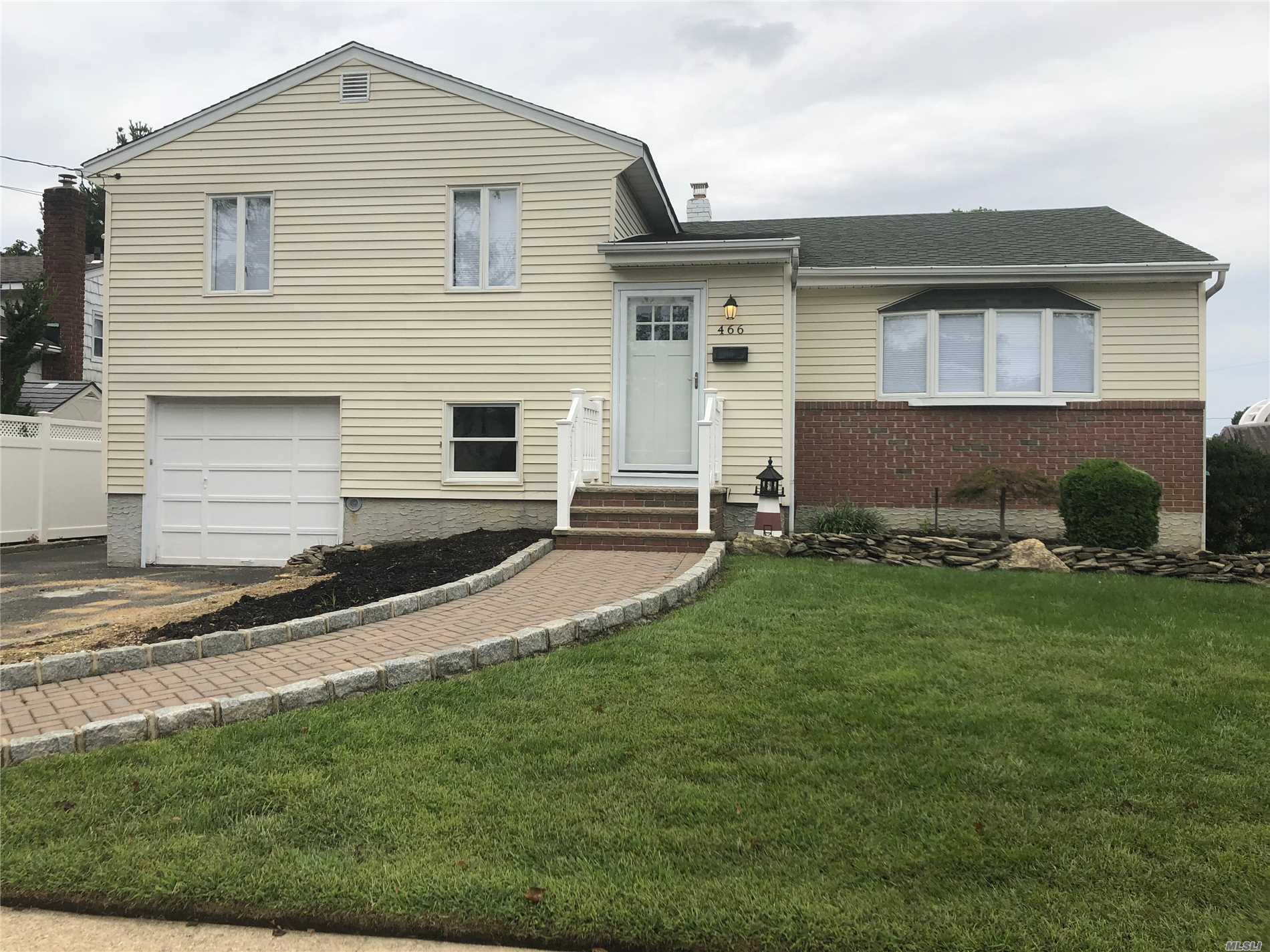 Remarks:Newly Renovated Spectacular Split In Massapequa Park. Possibility Of A 4th Bedroom Or Second Master Located On Ground Level. Finished Basement. Beautiful Hardwood Floors, Radiant Heat, Central Ac, Large Yard Perfect For Entertaining.All Binders Off.