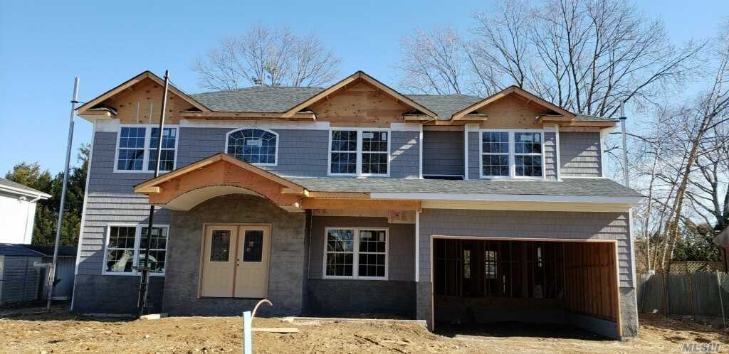 Being Built ~ Most Sought After Location! This Stunning 5 Bedroom, 4 1/2 Bath Colonial. Berry Hill Elementary, Near Lirr, And Town. ~ ~pictures Are For Workmanship Purposes Only..Features May Vary.