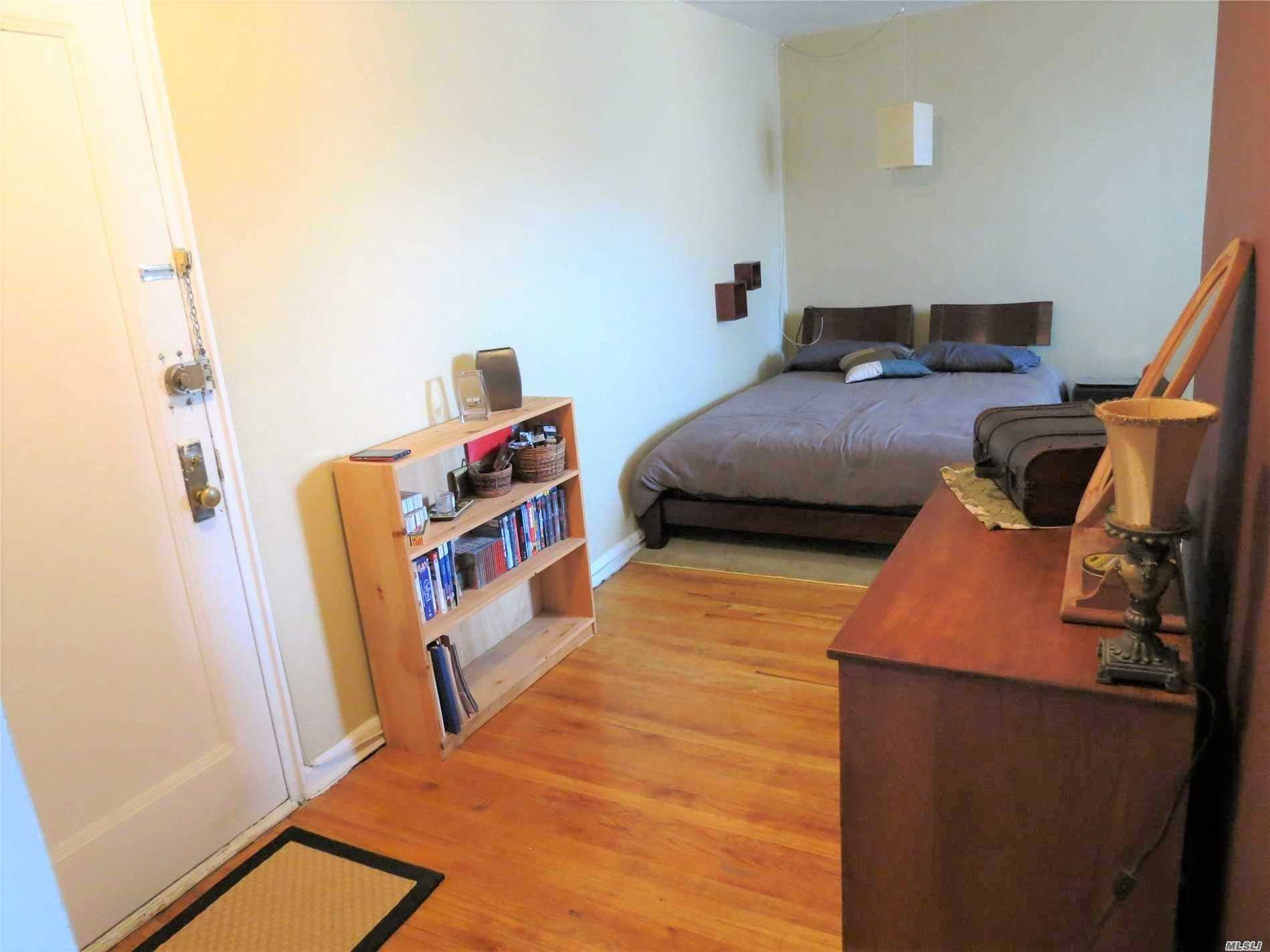 Very Nice Studio In Elevator Building, Laundry Room, Close To Subways, Live In Super, Low Maintenance (Includes Utilities).