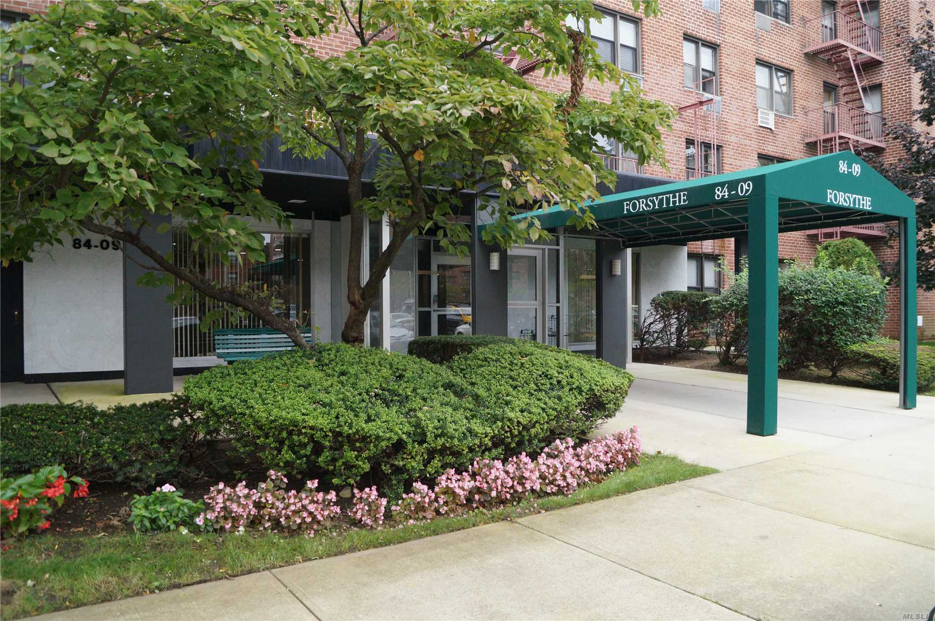 Immaculate L Shaped One Bedroom Studio Coop In The Lindenwood Section Of Popular Howard Beach. Walking Distance To All, Bus Stop, Shopping, Elementary School, Medical Offices And Dining. Minutes Away From Jfk Airport. Laundry Room On Every Floor! Lowest Flip Tax Than All Other Coop Complexes In The Area, Only $5 A Share! Unit Has 185 Shares.