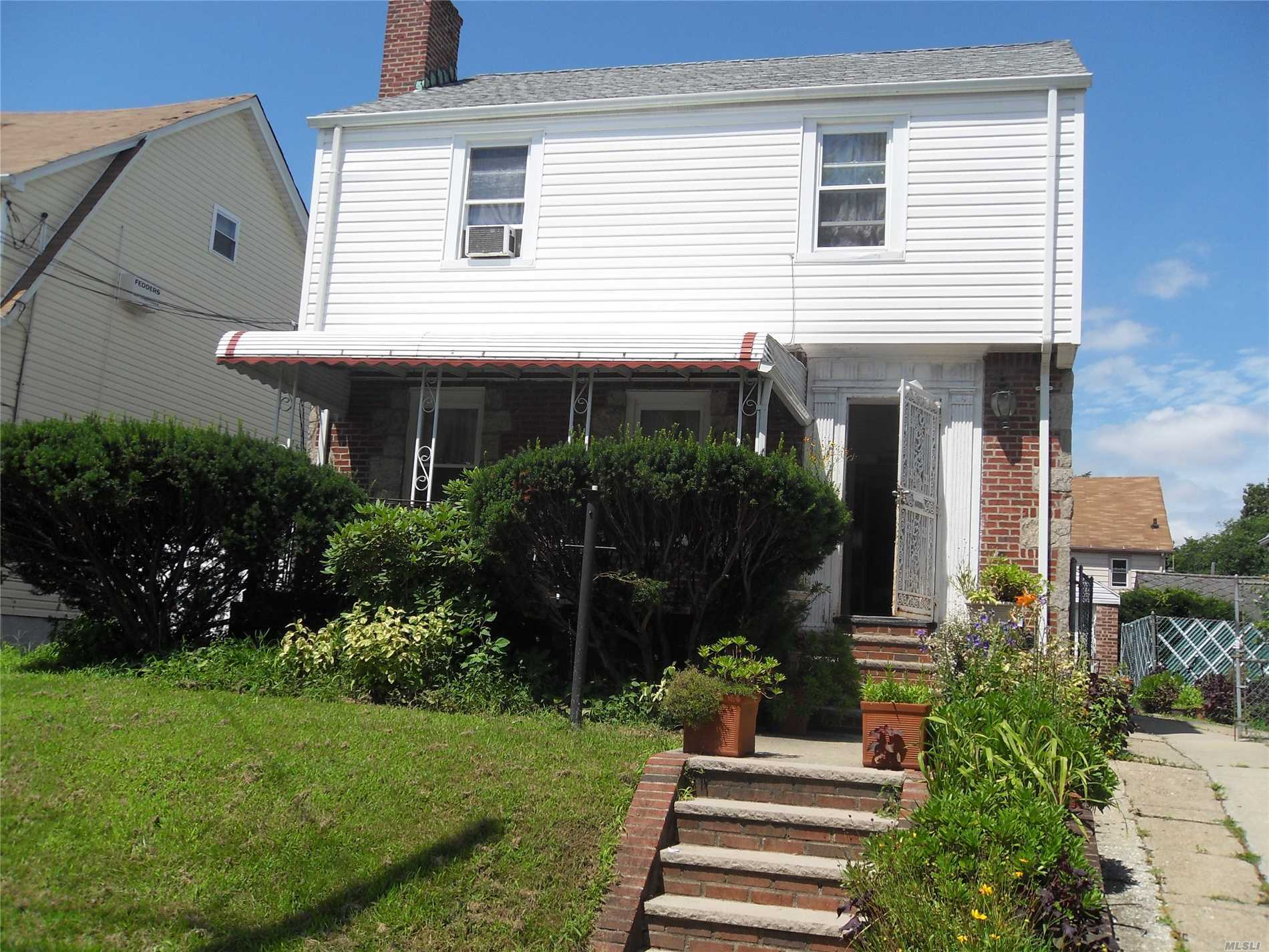 Single Family, Detached Home In Laurelton.  Livingroom W/ Fireplace, Formal Dining Room, Den, Eat-In-Kitchen,  3 Bedrooms, 2.5 Bathrooms, Finished Basement With Separate Entrance, Hardwood Flooring Throughout, Private Driveway And Garage.  Convenient To Highway, Bus, Lirr And Shopping