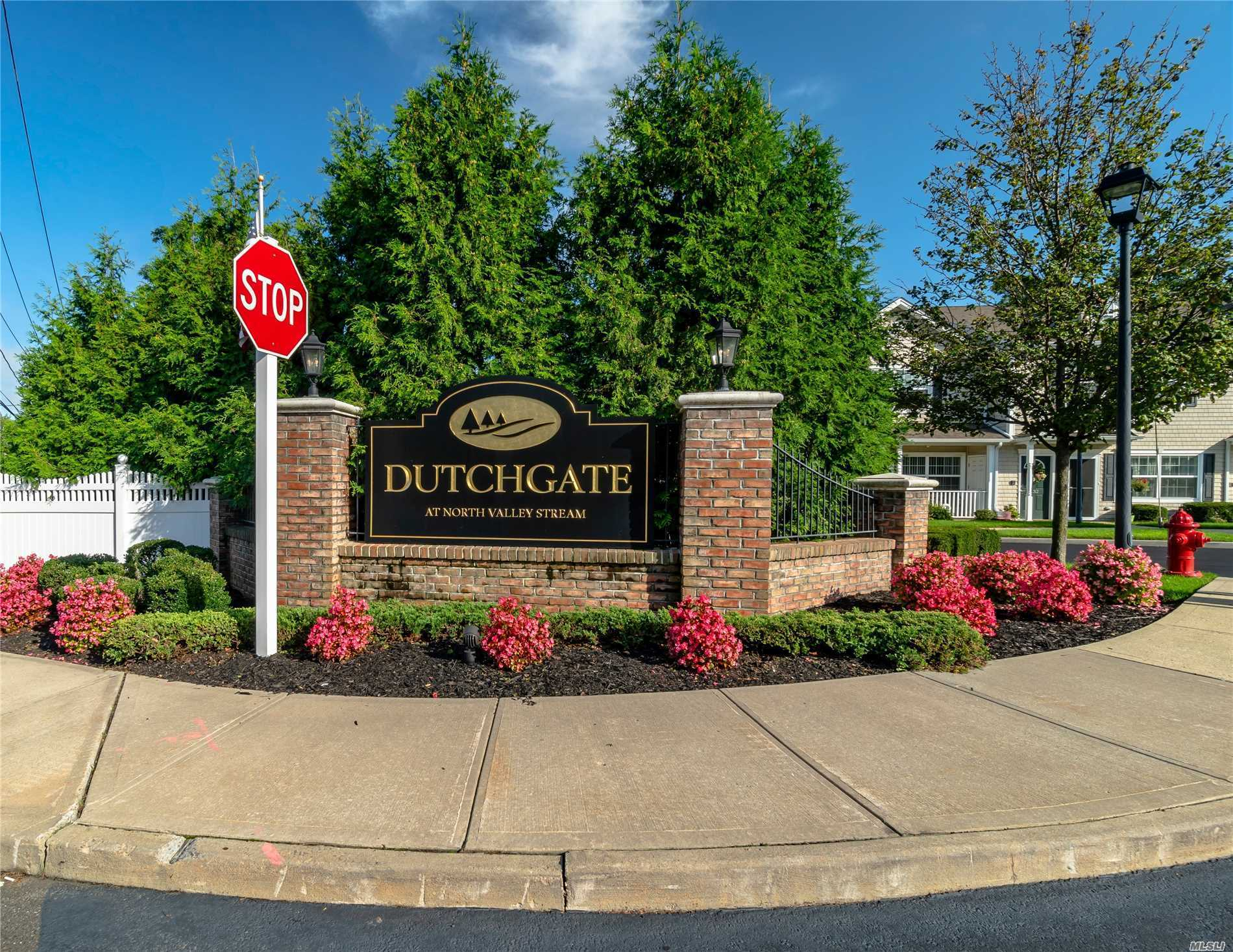 55+ Gated Community. Open Concept. Livingroom/Diningroom With Vaulted Ceilings,  Kitchen With Stainless Steel Appliances, Granite Counter-Tops. Master Bedroom W/Full Bathroom. Additional Full Bathroom,  2nd Bedroom W/Terrace. Central Air. Plenty Of Closet Space. Washer/Dryer In Unit. Enjoy The Amenities - Heated Pool, Exercise Room, Library. Unit Has Been Well Maintained. Appliances Under Home Warranty