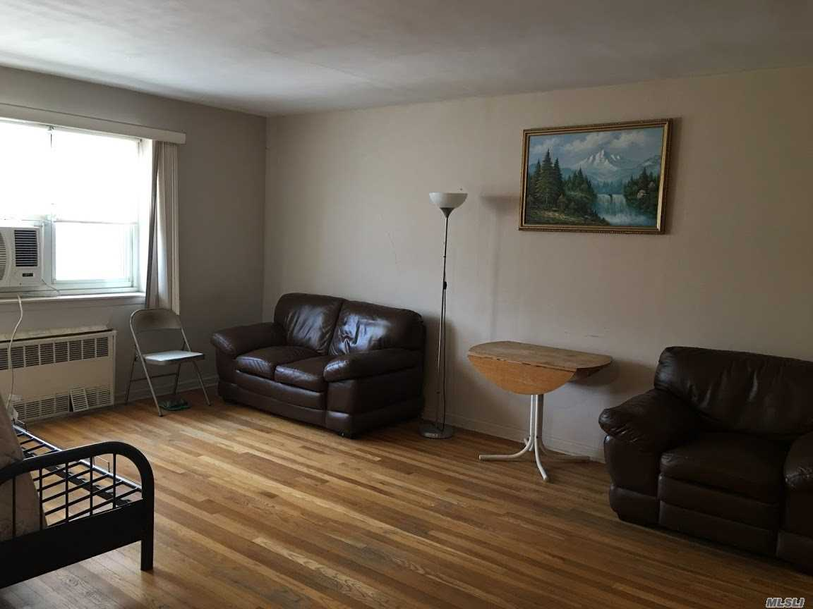 Large Size 1 Bedroom, Living Room And Dining Area, Eat In Kitchen, Southeast Exposure. Low Maintenance $567 Including All Utilities, A/C Charge $10. Walk To Subway #7, Bus: Q25. Q34, Q44, Q16 And Express Bus Qm2 To Nyc Must .See!