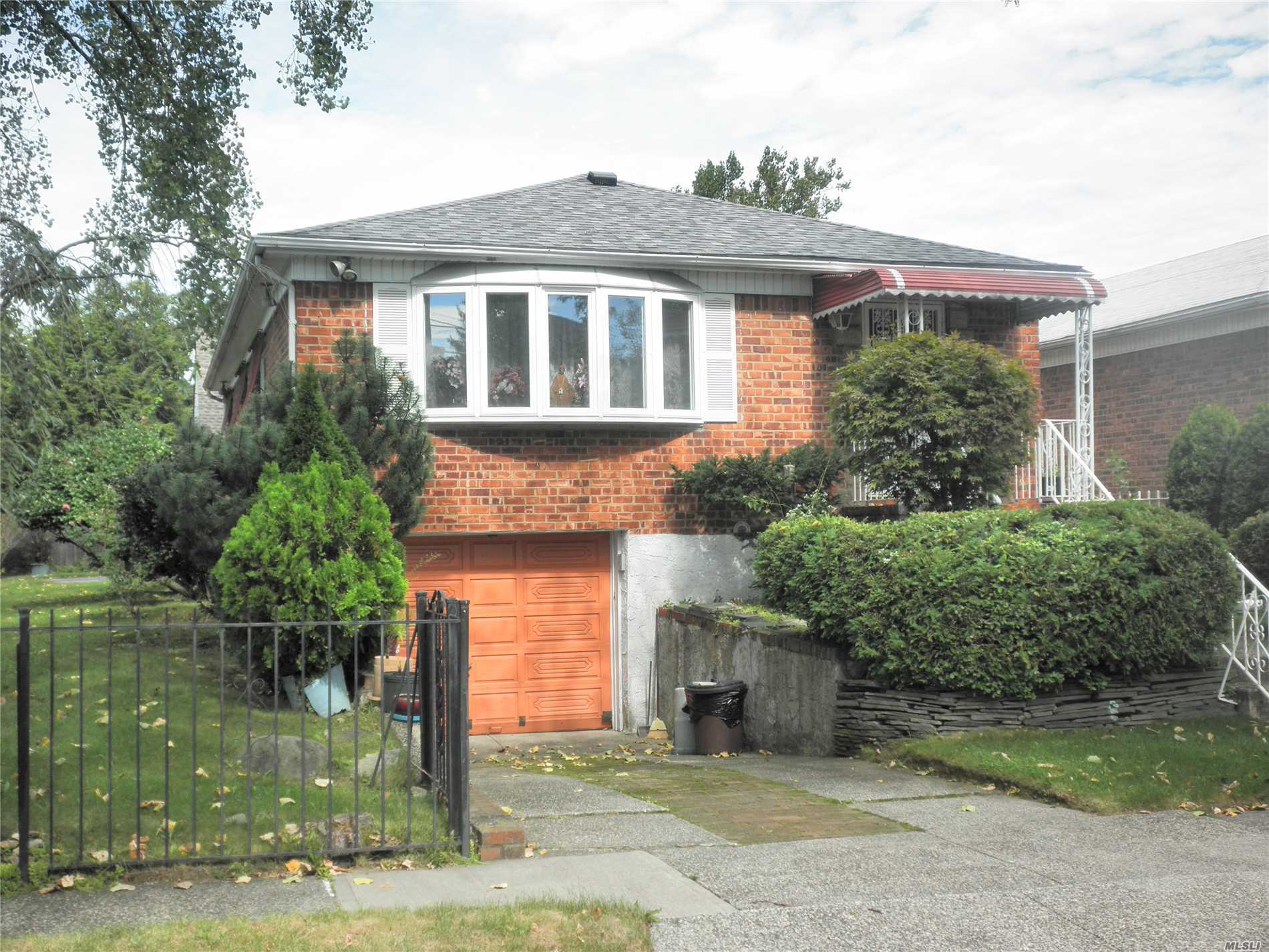 Lovely Southern Exposure Sunny Detached Brick Raised Ranch House With 3 Bedrooms, 2 Baths, Formal Dining Room, Eat In Kitchen, Nice Finished Basement. 26X47 Building Sized. 46X100 Corner Property. Top School District With Ps184, Is25& Bayside High School. Prime North Bayside Location. Very Quiet Block And Convenient Transportation.Do Not Miss This Extraordinary Opportunity!