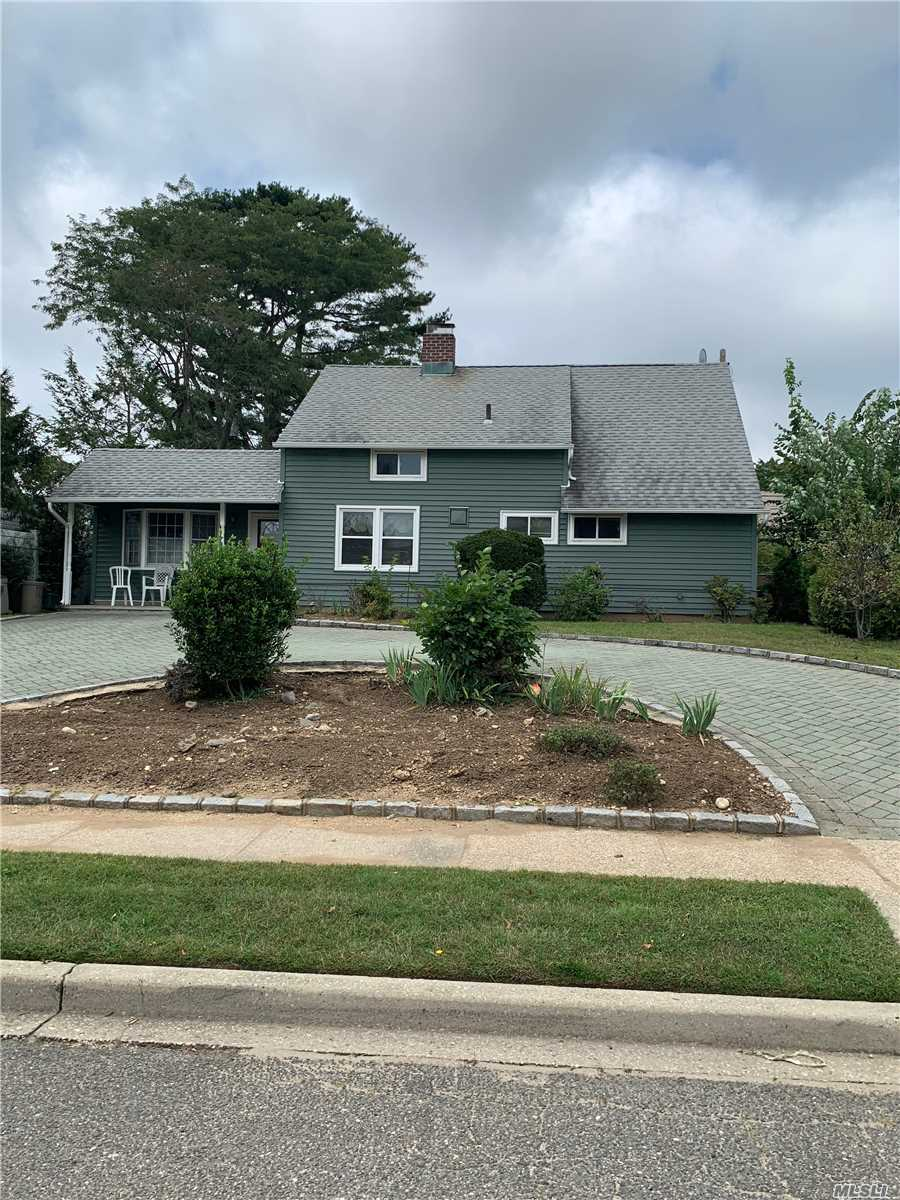 Move Right Into This Expanded Ranch! Great First Floor Layout! Eik W/ Dishwasher. Large Lv, Fdr, Den Perfect For Entertaining. 4X Br And 1 Fbth. Plenty Of Room/Storage. U Shaped Driveway Plenty Of Parking W/ Front Porch. Private Fenced In Backyard W/ Patio & Overhang & Shed. Low Taxes! Won't Last!