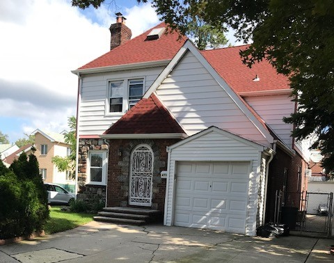 Great size one family home in convenient location! Fireplace in Living Room, Thermopane Windows, Roof 2 years old (approx)  *Information deemed to be reliable although not warranted or guaranteed.