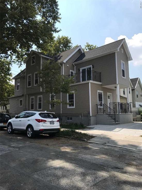 Newly Renovated, New Hardwood Floors, Split Heating Units, High-End Modern Kitchen Cabinets, And Granite Counter Tops, Convenient To Q25, Q65/Shopping