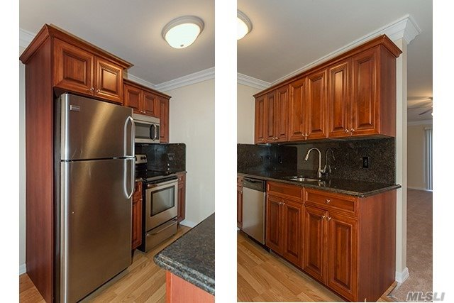 1 Bedrooms W/ A/C, Dining & Terraces.Stainless Steel & Granite Countertops.Heat & Hot Water Incl.Laundry.A Quiet Residential Area.Close To Montauk Hwy, So. State Pky & Lirr.Minutes To Dowling College.Near Shopping.