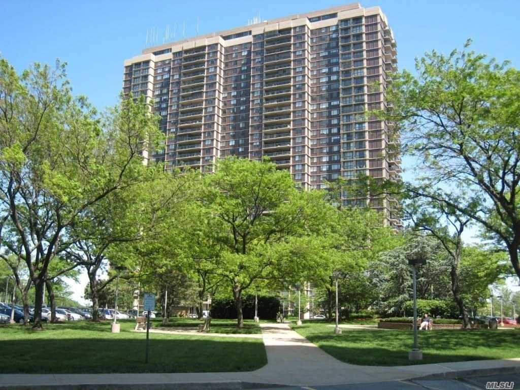 5 Incredible Closets, Including An Oversized Walk-In! Large Living Room With Dining Foyer. Fully Equipped Kitchen Includes Washer / Dryer. Huge Bedroom With Great Closets. Enjoy A Sunny Southwest Exposure With Magnificent Golf, City Skyline And Sunset Views! Lovely Wood Parquet Floors Throughout. Low Maintenance Of Only $1, 190 Includes Indoor Parking. With Tlc You Can Make This Fabulous Find Your New Home At North Shore Towers!