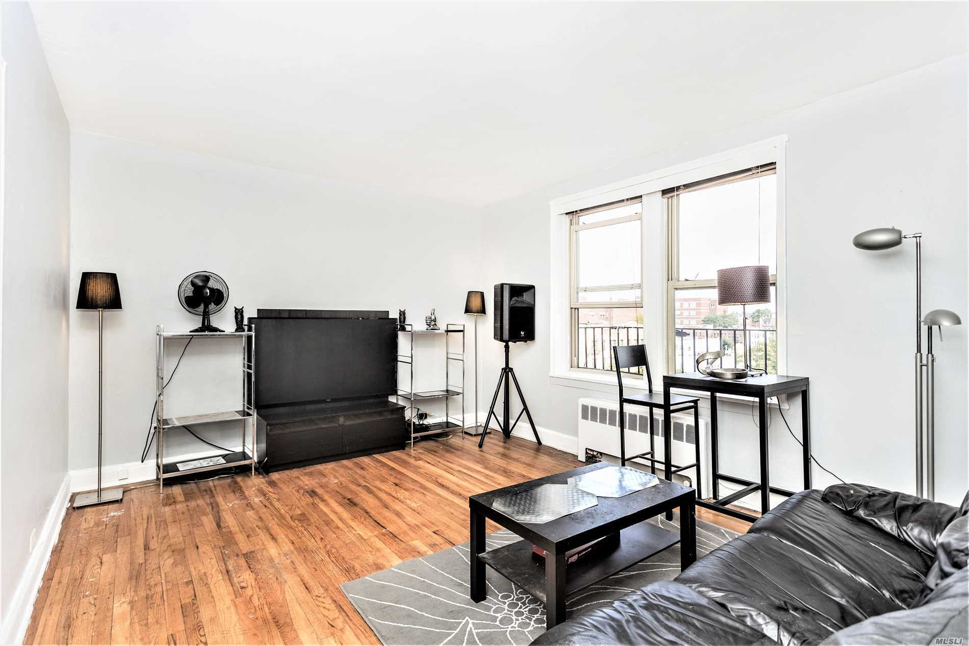 Currently The Lowest Priced 1 Bedroom In Celtic Park, This Is A Great Opportunity For The Right Buyer To Renovate The Kitchen And Bathroom With Their Own Style!  Renovated 1 Beds Sell For 375K+. It's The Largest Pet Friendly Building In Western Queens Located Just 3 Blocks To The 7 Train. Elevator Building, On-Site Security, On-Site Property Management, Parking (Wait List), Storage (Wait List), Two Court Yards And Two Laundry Rooms. Maint Includes All Utilities!
