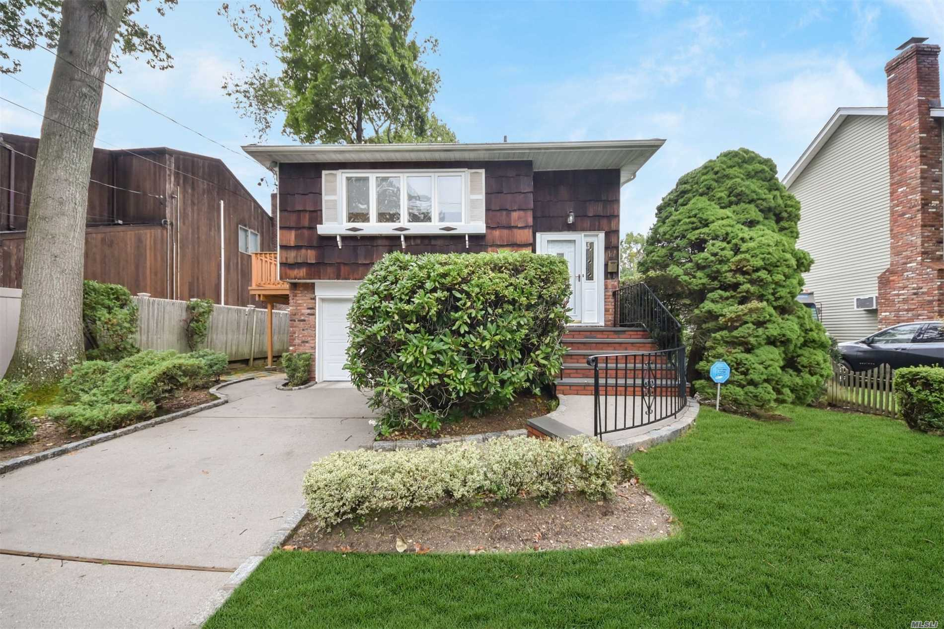 This Home In Perfect Mid Block Loc.On Prof.Landscaped Property In The Manetto Hills Area Features Updated Eik, 5 Yr Old Arch.Roof, 2 Yr Old Cac, Upper Level Only, 3 Yr Old Deck, Hardwood Floors. Taxes With * $9021.Parkway Elem., Mattlin Middle School And Jfk Hs.Convenient To All. Gas Line Very Close To Home!!Professional Photos To Be Up Shortly.