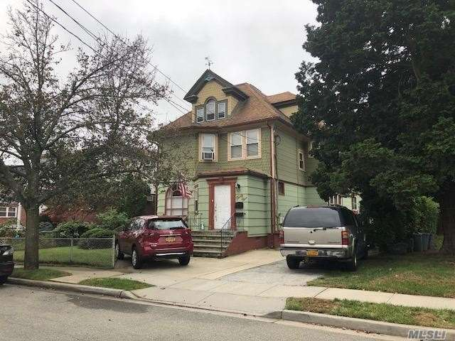 This Renovated Apartment Has 2 Huge Bedrooms With An Updated Full Bath. Large Living Room And Updated Granite Kitchen! Award Wining School District 20. Conveniently Near Transportation & Shopping. Owner Will Consider A Small Dog. No Cats.