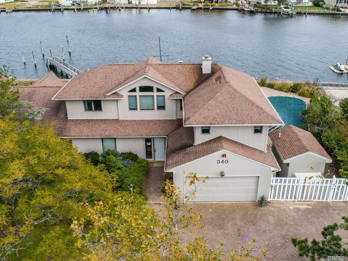 Spectacular Water View Contemporary Home With Private Dock On Great Neck Creek With Open Waterway For Motor Boats And Sails. This Home Is On A Tree Lined Cul De Sac. With Its Own Private Dock And Bulkhead. This Home Is For The Family That Enjoys Outdoor Fun As Well As Enjoy The Comfort Of A Contemporary Open Styled Home. Virtual Tour Link Https://Fusion.Realtourvision.Com/Idx/929482