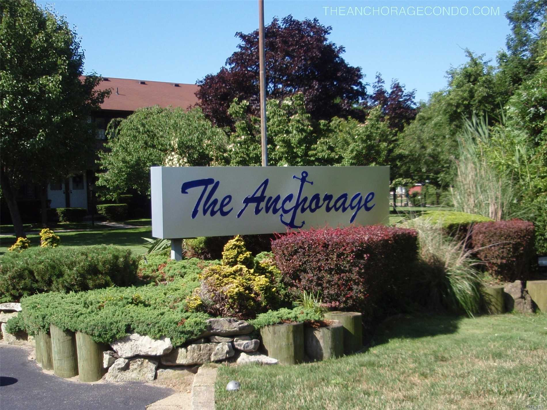 The Anchorage Condo, Gated Waterfront Community. Lower Unit. Gas For Heat Included.