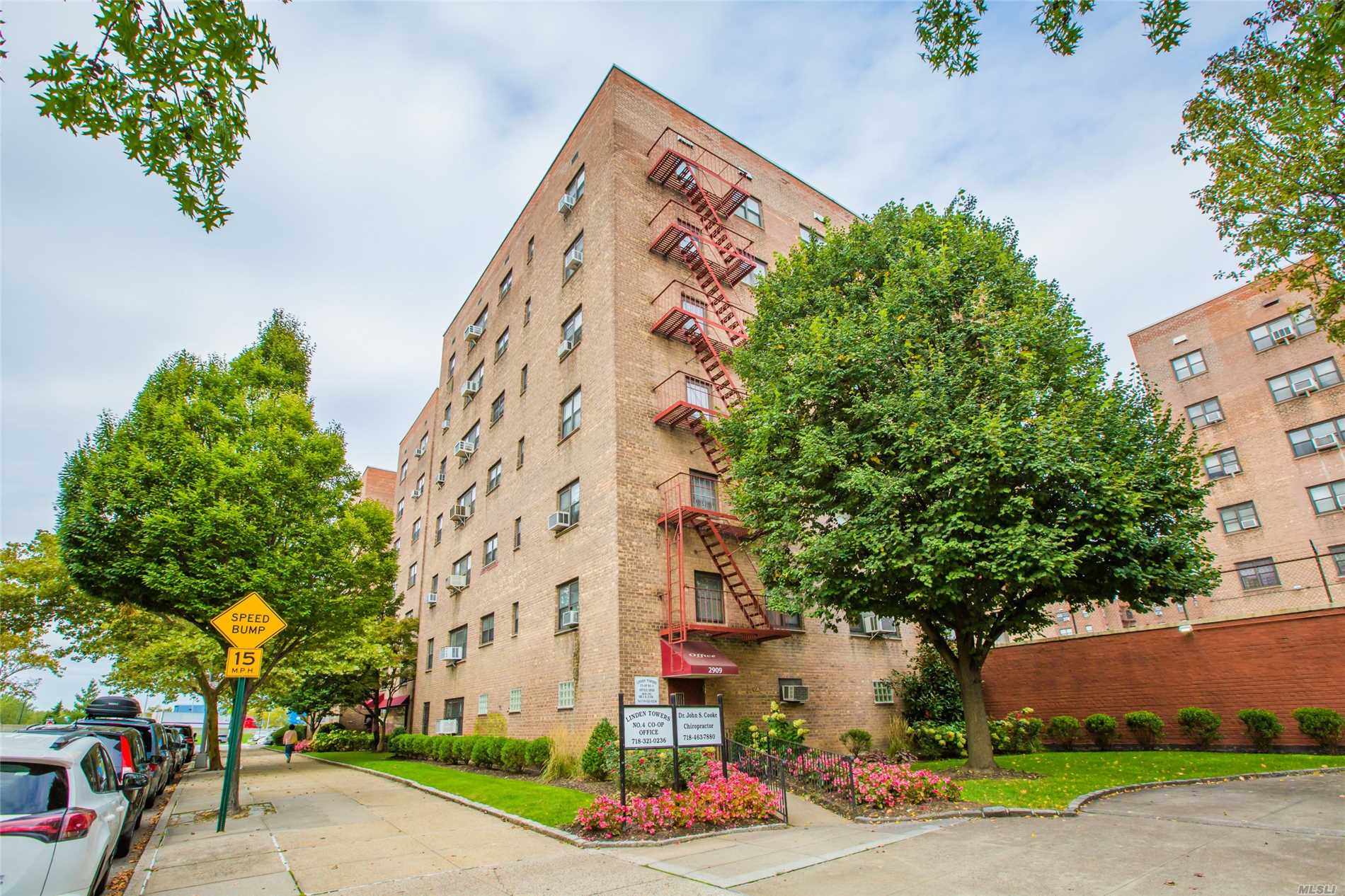 The Apt Is Actually At 2nd Fl. Spcious 2 Bedroom Co-Op In Flushing. Lowest Monthly Charge In The Area. Maintenance Inculdes Heat, Gas & Electricities Charges. Additional Charge $10 Per Air Conditioner. $40 Parking Space. Walking Distance To H Mart, Good Fortune Supermarke?shopping Center, Library, Post Office & School. 15 Mins Walk To Subway #7, Bus: Q25. Q34, Q44, Q16 And Express Bus Qm2 To Nyc