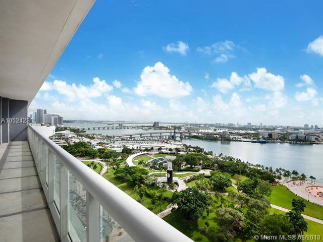 Spectacular Apartment In The Heart Of Downtown Miami. Beautiful Corner Views Of Biscayne Bay, Ocean From Every Single Room Of The Apartment. Wrap Around Balcony Ideal For Entertaining , Perfect To Enjoy The Sunset Or Sunrise. Spacious, Open Kitchen, With Stainless Steel Appliances. Master Bathroom Comes With Separate Shower And Tub/Jacuzzi. Enjoy All The Amazing Amenities: Gym, Sauna, Spa, Heated Pool, And Much More! Walking Distance To Bayfront Park, American Airline Arena, Restaurants, And Much More!<Br /> 50 Biscayne Is An Amenity Rich And Pet Friendly Building, Easy Access To Major Thorough Fares, Metro Rail- Free Metro Mover And Trolley, Near Fine Dining, Shops, Entertainment, And Sobe!<Br />Lowest Price For This Beautiful Corner Line. Owner Want To Sell!!