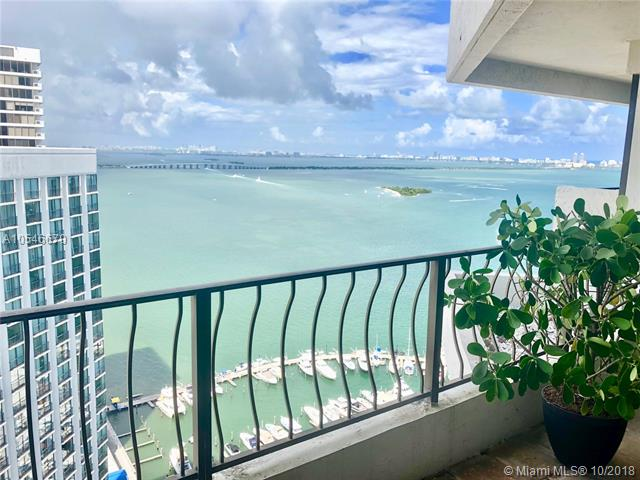 Renovated One Bedroom With Beautiful View Of The Bay, Pristine Location Located Directly On Biscayne Bay. Direct Access To Airport, Major Highways, Performing Arts, Aa Arena, Wynwood, Metromover. Ss Appliances, Granite Countertops. The Venetia Is A Full Service Building With Valet, Gym, Pool, Tennis And Mike'S Pub (Located On The Pool Level).