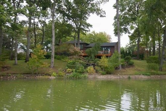 Paradise In Lake Success! Enjoy Direct Lakefront Views From This Prime Waterfront Location (Not On Any Highways!) Circular. Drive Leads To Totally Renovated Home Boasting An Open Flr Plan With Walls Of Windows, One-Of-A Kind Chefs Kitchen, Custom Bathrms And Spectacular Decks. Every Inch Of This Home Screams Lifestyle! Country Club Amenities: Private Golf Course, Catering Facility, Clubhouse, Tennis Courts, Swimming Pool, Police Force And Summer Camp. Gn South School