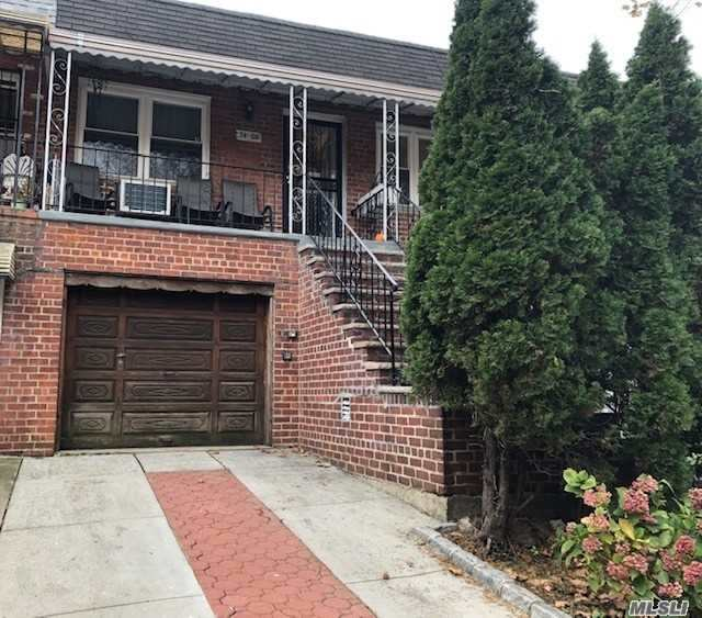 Beautiful Mother Daughter 2 Family House Located At Jackson Heights.