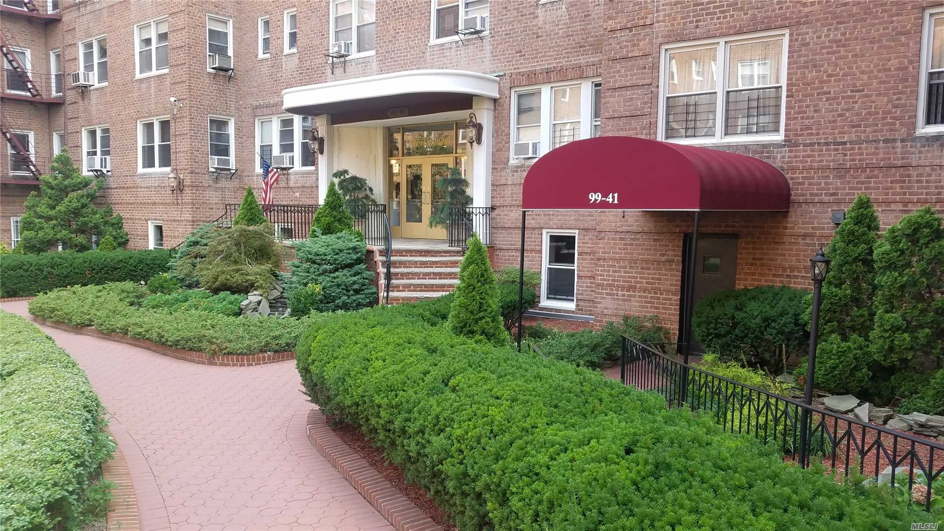This Is A Beautiful 1 Bedroom Apartment, Prime Location In Rego-Park, Well Maintained Building With Part Time Doorman, Big Living Room, Dining Area, King Size Master Bedroom, Plenty Of Closet Space, Hardwood Floors, Nearby Shops And Transportation.