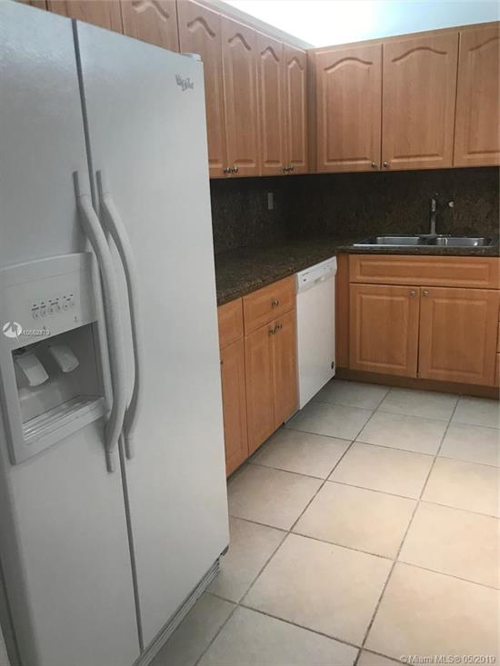 Great Unit, Situated In A Tropical Gated Community W/24 Hrs. Security & Very Close To The Beach! Freshly Painted! New A/C Unit & Fan! Brand New Floors! Apt. Looks Like New, In Outstanding Condition! Great Amenities! 2 Pools, Gym & Bbq! Easy To Show! Don'T Miss This Fantastic Unit! See... Today!!!