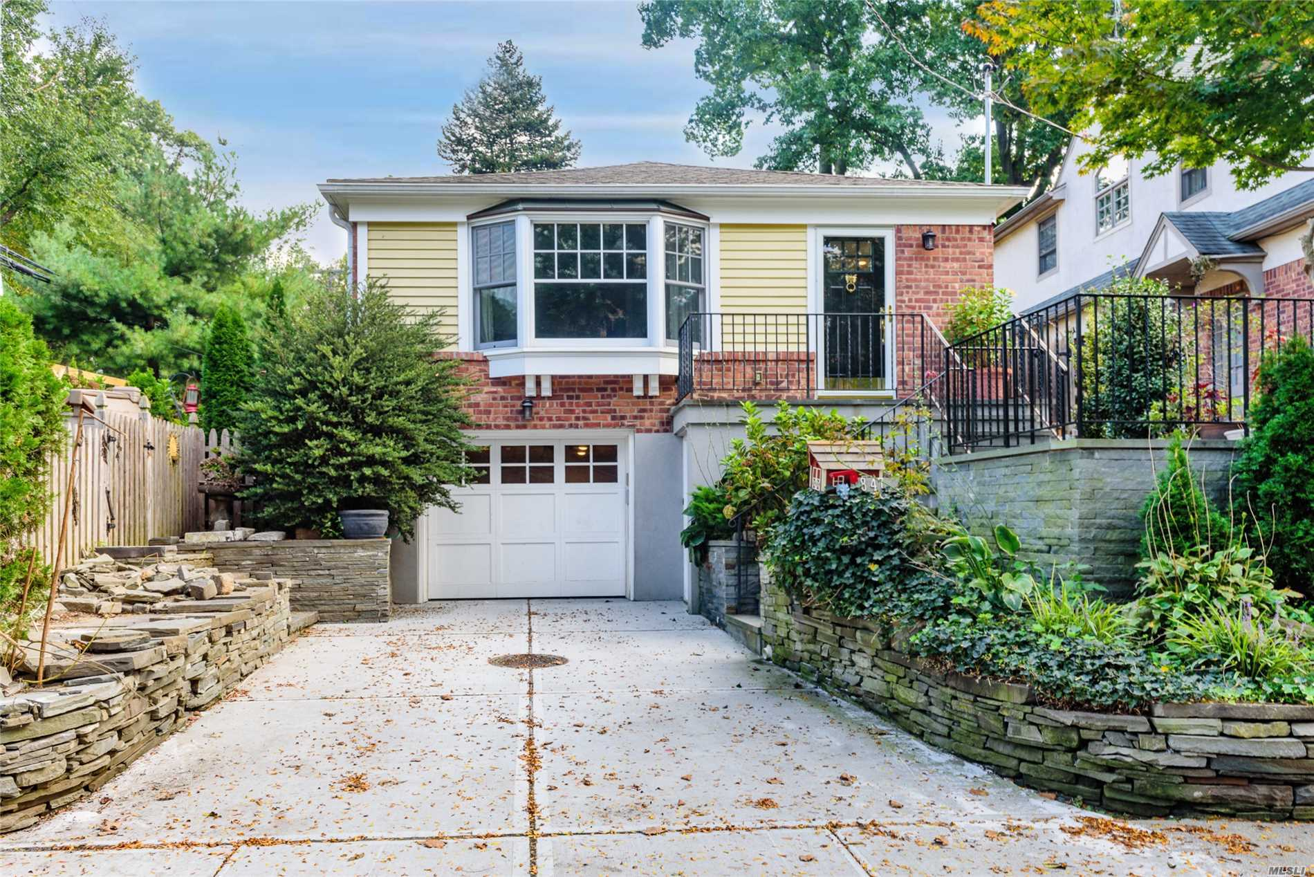 Hi Ranch In Mint Condition With New Baths And Kitchen, Bay Window In Living Room, Formal Dining Room, Finished Family /Playroom. Private Fenced In Yard Five Min. Walk To School, And Lirr.( 28 Min. To Manhattan) Easy Living!