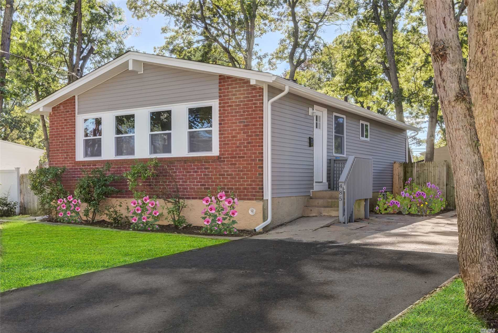 Great Totally Redone House In Lindenhurst Village. Won't Last, Call Today!