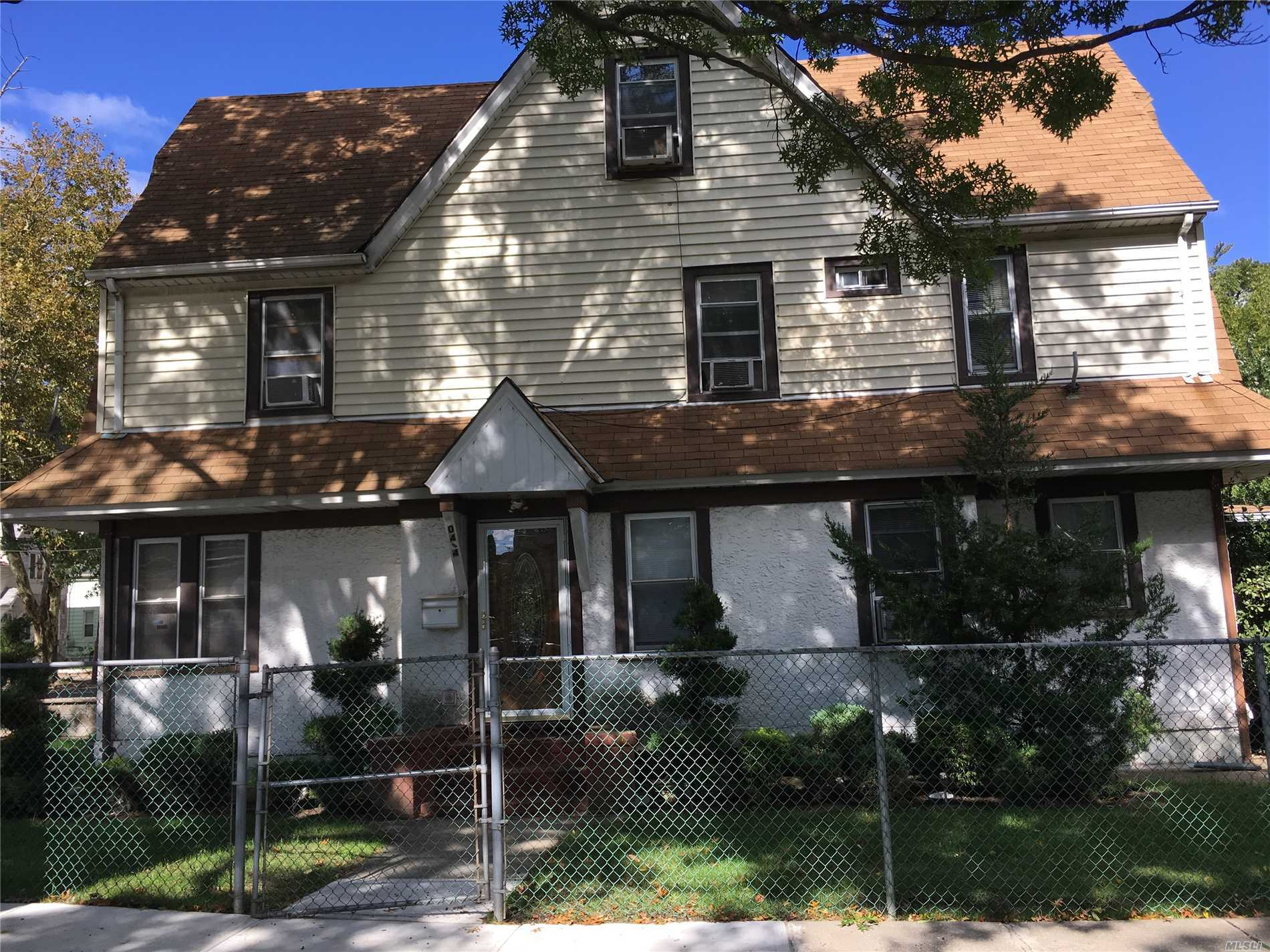 Mrs Clean Live Here, This Charming Colonial Has It All, Large Liv. Room, Fdr, Updated Kitchen With New Appliances, 4 Lg Bed Rooms, 2.5 Baths 2 Car Garage Finish Bsmt.Near To Call
