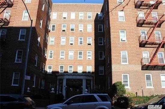 Rego Park, Bright And Huge One Bedroom Coop . Apartment Is On First Floor , Big Living Room, Newly Renovated Kitchen, Big Bathroom And Very Good Size Bedroom. Washer And Dryer In The Basement. Low Maintenance-Only $639 A Month. Heat And Hot Water Included, Hardwood Floors . Very Close To Train And Shopping Areas.