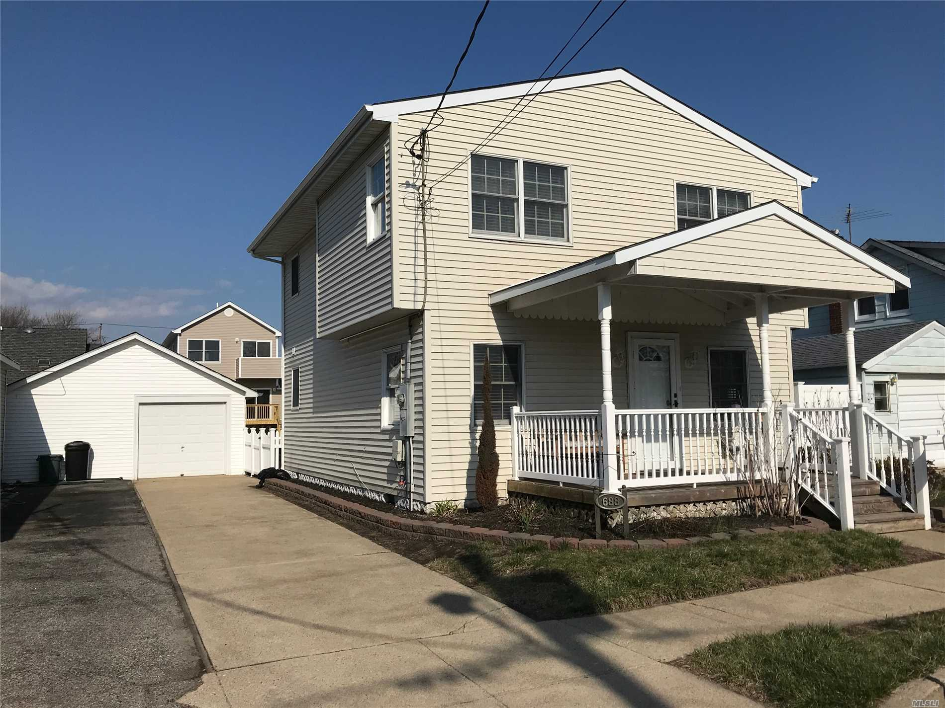 Move In Ready, Beautiful Colonial With 3 Extra Large Bedrooms Up Stairs, Wood Floors, 4th Bedroom On 1st Floor Possible Dining Room. Yard Fully Fenced In, High Hats Throughout, 200 Amp Electric.